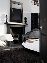 saveemail black white style modern bedroom silver