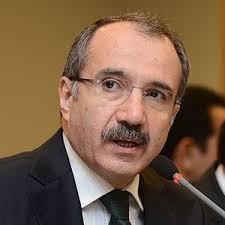 """Düzdağ'a ödülünü veren Milli Eğitim Bakanı Ömer Dinçer, """"Mehmet Akif büyük bir şair ve dava adamıdır"""" dedi. - milli-egitim-bakani-omer-dincer-mehmet-akif-buyuk-4202689_9947_300"""