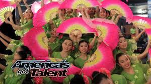 Jasmine Flower Group: Ballet Team Combines Styles for Pretty Fan ...