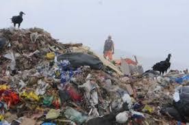Resultado de imagem para aterro lixo
