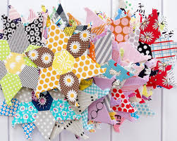 Lucy Boston Patchwork of the Crosses   English paper piecing     Lucy Boston B amp C ThreeHoneyBees   Kylie Seldon