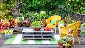 patio garden  oversize planters