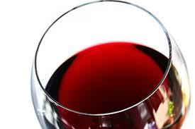 Risultati immagini per red wine in glass