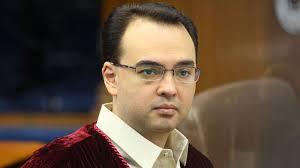 """MANILA, Philippines - Senator Alan Peter Cayetano found Chief Justice Renato Corona guilty, the second senator to vote for a """"guilty"""" verdict on Corona. - Alan%2520Peter%2520Cayetano"""