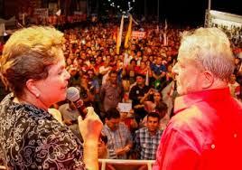 Resultado de imagem para imagens de Dilma e Lula na multidão