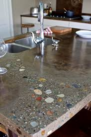 Diy Tile Kitchen Countertops River Rock Countertops Gonna Use This Idea For Our Circle Coffee