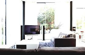 apartment cozy bedroom design: small apartment cozy bedroom decoration with wonderful bedding set