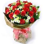 Как красиво упаковать розы