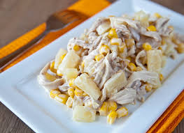 Картинки по запросу Рецепт салата с курицей, сыром и ананасом