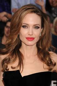 Tips: Angelina Jolie, 2017s updo hair style of the hot actress