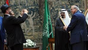 علاقات سعودية-إسرائيلية من السر إلى العلن-رئيس الموساد السعودية تساعدنا ولم تساعد فلسطين Images?q=tbn:ANd9GcSLRK4bQ05x1Gp-M33TRXIoD0U24K-7JVSRUjO0iizG8cyoXMh5