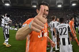 <b>Black</b> & <b>White</b> & Read All Over, a Juventus community