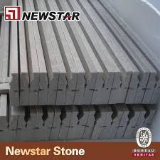 Zoccolo Esterno In Pietra : Grigio marmo di stampaggio confine zoccolo pietra