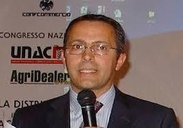 E' Carlo Zamponi il nuovo presidente di Unacma, l'Unione nazionale dei commercianti di macchine agricole, aderente a Confcommercio. - carlo-zamponi-presidente-unacma-commercianti-macchine-agricole