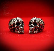 <b>Бусина</b> для темляка <b>Tribal Skull</b> украсит ваш нож. Путник - Путник