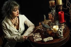 At the Corner of <b>Blues</b> and <b>Metal</b>: Lisa Mann Presents 'The Poisoner ...
