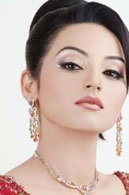 party makeup by sadia khan
