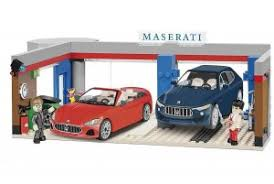 "Пластиковый <b>конструктор COBI</b> ""Гараж суперкаров <b>Maserati</b> ..."