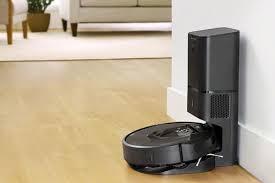 <b>iRobot Roomba</b> i7+ review: This robot <b>vacuum</b> empties its own dustbin