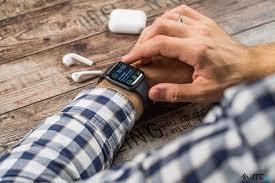 Обзор <b>Apple Watch Series</b> 4 - ITC.ua