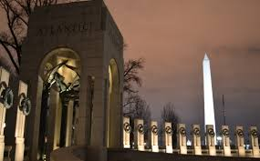 the national mall at night a photo essay jason s travels the washington monument from the world war ii memorial