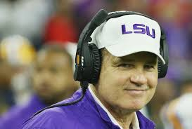 espn is reportedly interested in hiring les miles if former lsu football coach les miles can t another job in coaching he s got a fallback plan according to footballscoop com espn is very