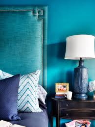 Teal Color Schemes For Living Rooms 14 Design Tips For Decorating With Teal Hgtvs Decorating