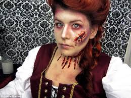 Gruesome: The makeup artist shows this terrifying getup of Mary Kelly, ... - article-0-158195F5000005DC-232_634x475