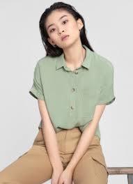 Купить <b>женские</b> рубашки и <b>блузки</b> от 399 руб. в интернет ...