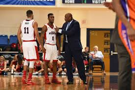why fau s basketball team will no longer wear headphones at airport 2017 fau men s basketball vs edward waters