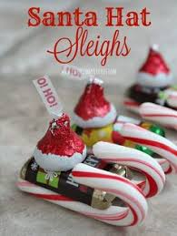 Candy Santa Hat Sleighs - 12 Wondrous DIY Candy Cane Sleigh ...