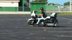 How to turn a <b>motorcycle</b> quickly from <b>left</b> to <b>right</b> - YouTube