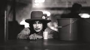 Rolling Thunder Revue — is Martin Scorsese's new <b>Bob Dylan</b> ...