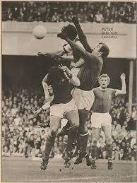 Shoot football magazine <b>Leicester City</b> SHILTON retro <b>black white</b> ...