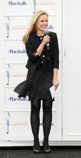 kristen bell at marshalls dress for success fashion show 2010 18 kristen bell at marshalls dress for success fashion show 2010 18 full size