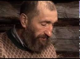 Г. Соловьев делает <b>камус</b> для лыж / Из не вошедшего в фильм ...