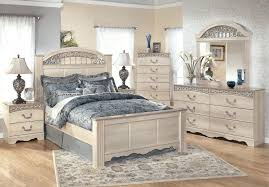 raw wood bedroom furniture with floral area rug bedroom furniture mirrored bedroom
