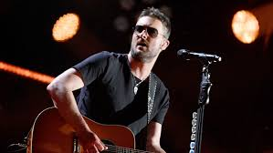 """Eric Church tabbed as """"College GameDay"""" celebrity picker"""