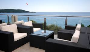 beautiful cushions on modern outdoor furniture combined with excellent nuanced in white and black to enhance cheap modern outdoor furniture