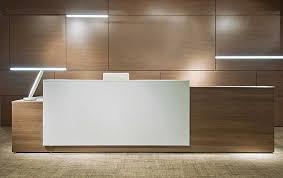 1000 ideas about office reception desks on pinterest salon reception desk counter design and office reception modern office reception desk