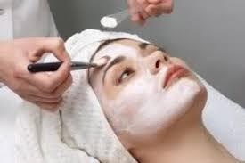 جوانسازی پوست صورت با لیزر فراکشنال