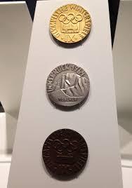 Золотая <b>медаль</b> - Gold <b>medal</b> - qwe.wiki