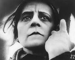 Risultati immagini per la madre film 1926
