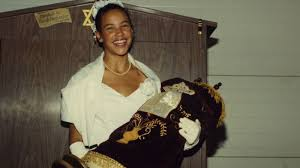 How a biracial <b>woman</b> grew up <b>thinking</b> she was white - Vox