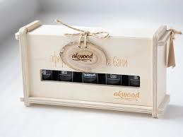 <b>Набор эфирных масел</b> в подарочной деревянной упаковке.