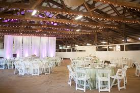 Round Function Tables 66 Round Tables And White Resin Chairs In The Sunsetranchhi Barn