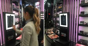 <b>MAC</b> launches <b>magic mirrors</b> that let you virtually try on makeup ...