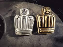 <b>Gold</b> шильдик на <b>решётку радиатора</b> — Toyota Crown, 3.0 л ...