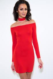 Znalezione obrazy dla zapytania Zdjęcie. Lata pięćdziesiąte. kobieta w czerwonej sukni. Moda polska.
