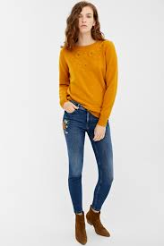 Slim fit jeans with <b>floral embroidery</b> | Jeans | Springfield Man & <b>Woman</b>